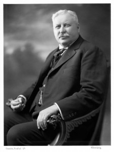 J.D.McArthur
